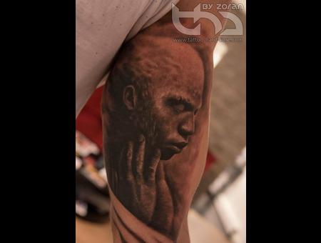 Sensation  Portrait  Realistic Arm