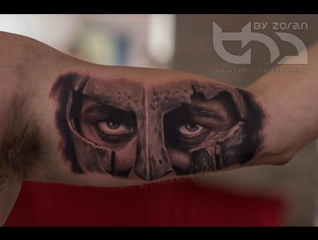 Spartan  Eyes  Warrior  Colour  300  Movie Arm