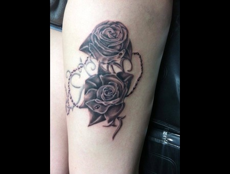 Roses  Rosary  Thigh  Realism Thigh