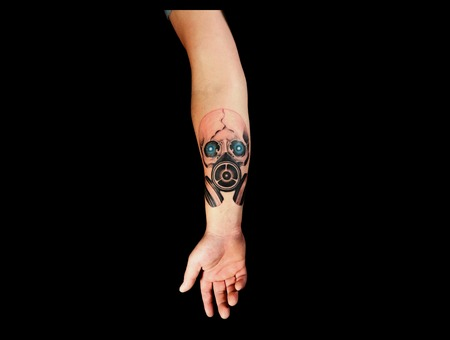 Skull Gas Mask Forearm