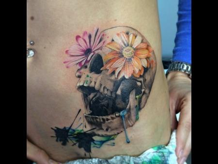 Daisy Skull Hip