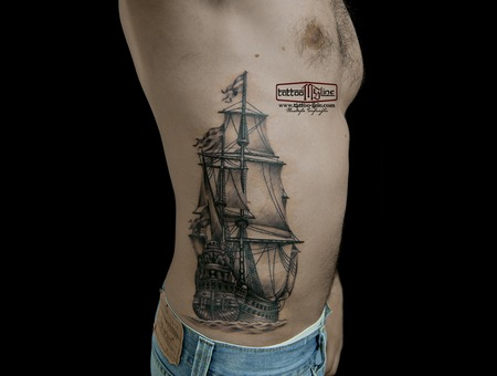 #Shiptattoo #Piratesship Chest