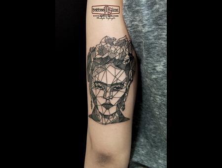#Frida #Fridatattoos #Geometrictattoos Arm