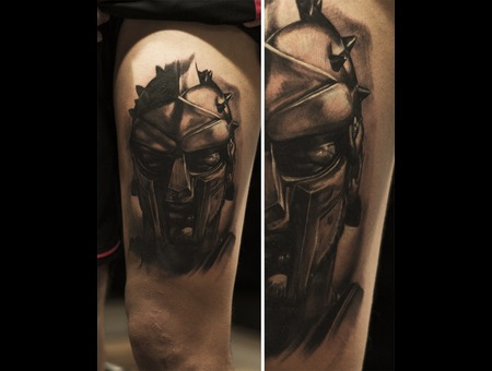 Gladiator  Helmet  Blackandgray  Realisim  Tattoo Thigh