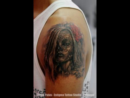 Dia De Los Muertos  Girl  Rose Shoulder