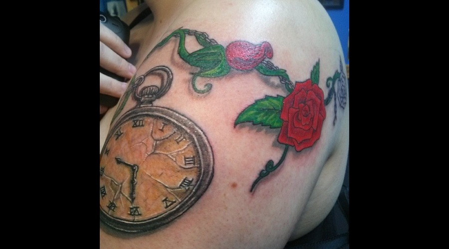 Pocket Watch Roses Shoulder