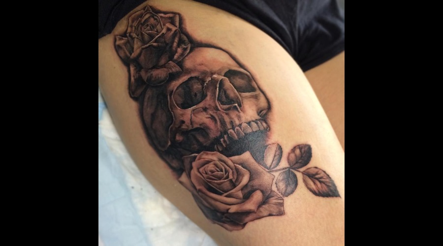 Skull Rose Thigh