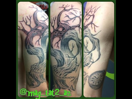 Freehand  Dead  Tree  Pocket Watch Arm