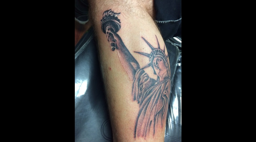 Statue Of Liberty  American  Realism Lower Leg