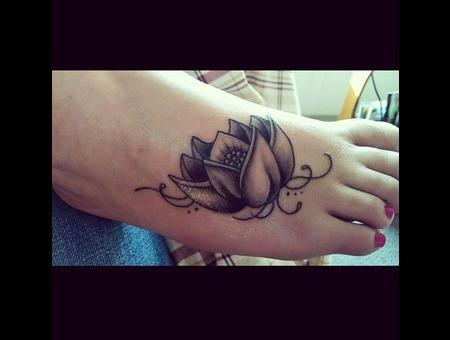 Foot  Lotus  Black N Grey  Girly  Tattoo Foot