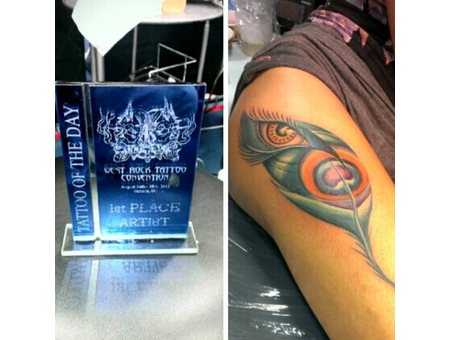Peacock Feathers Eyes Colortattoos Awardwinningtattoos Female Tattoos Thigh