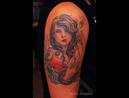 Women Dove Bird Leaf Oak Filigree Acorn Arm Tatto Arm