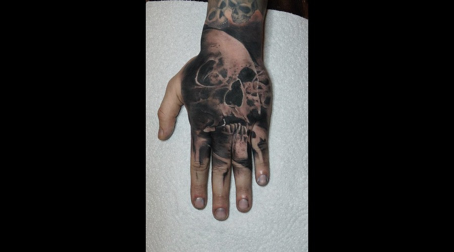 Hand Tattoo... Arm