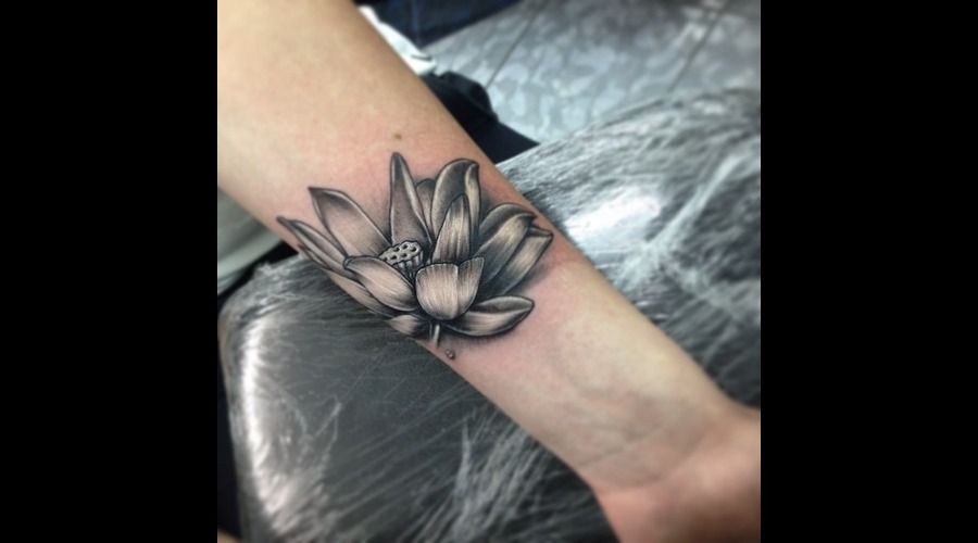 Lotus Flower Thigh