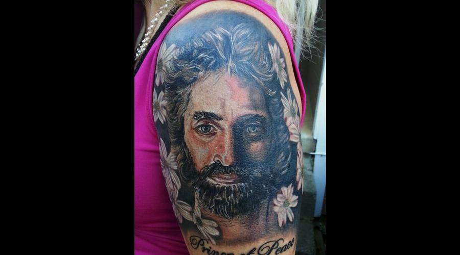Jesus Arm