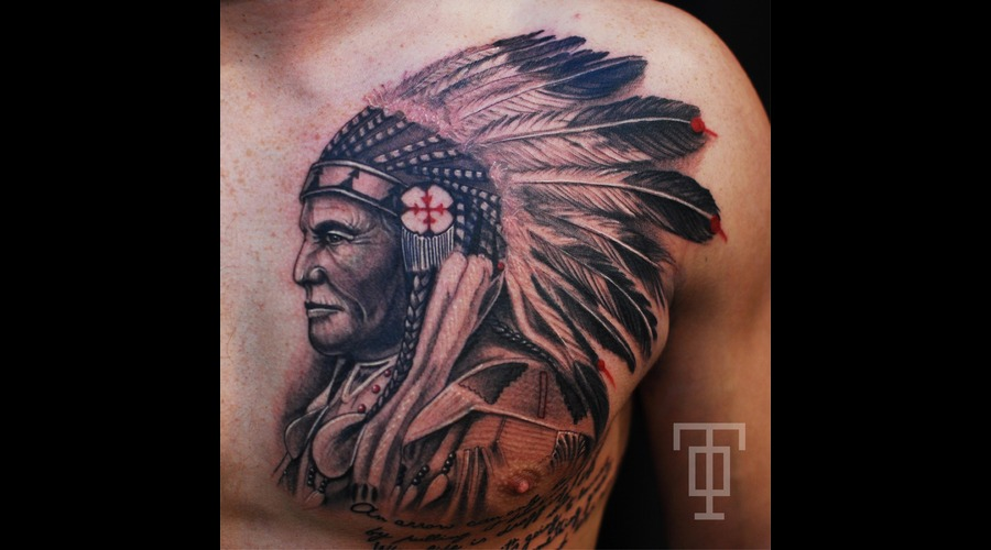 Indian  Chief  Feathers  Portrait Chest