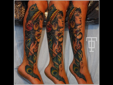 Gypsy  Lady  Feathers  Peacock Lower Leg