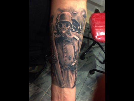 Soldier  Blackandgrey   Arm