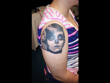 Face Portrait Photo Realism Day Of The Dead Sugar Skull Lady Woman Shoulder