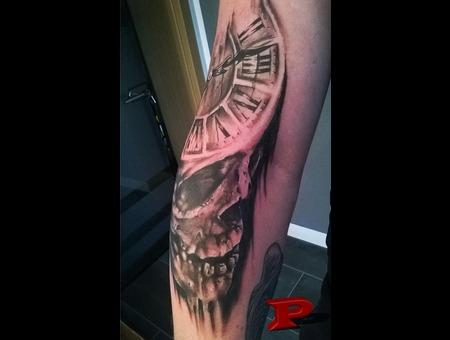 Time Skull Arm