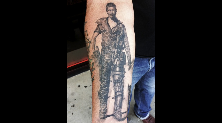 Portrait Horror Madmax Realistic Black&Gray Arm
