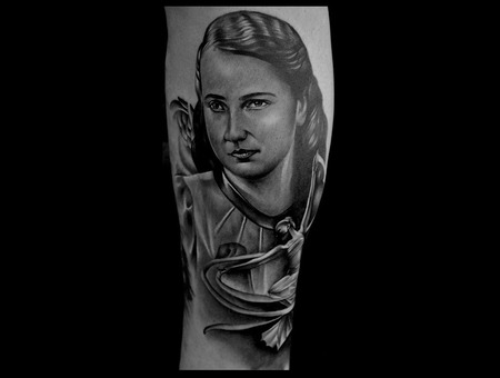 Portrait Of Grandma Realistic Tattoos  Hyperrealistictattoo  Black And Grey Lower Leg
