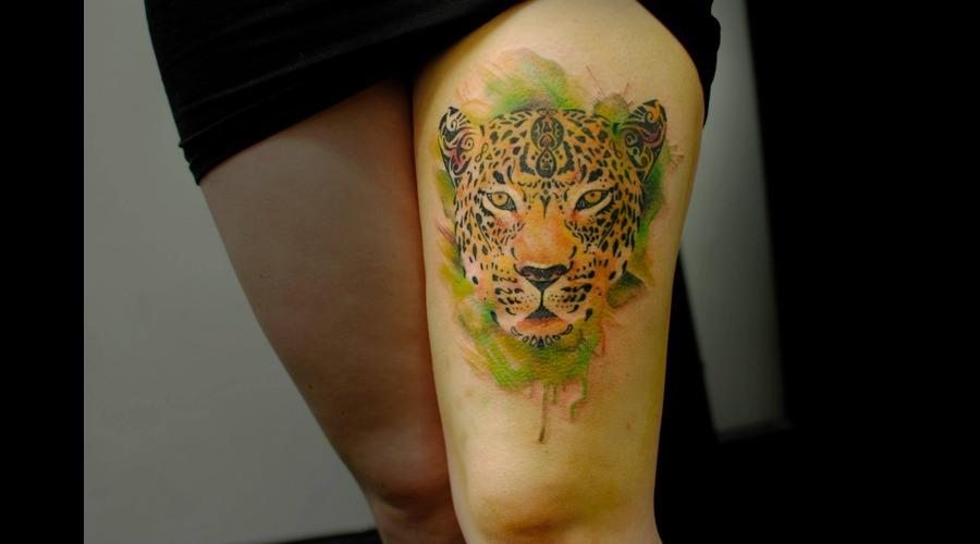 Watercolour  Watercolor  Splash  Modern  Art  Leopard  Animal  Jungle   Thigh
