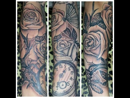Roses  Pocketwatch Forearm
