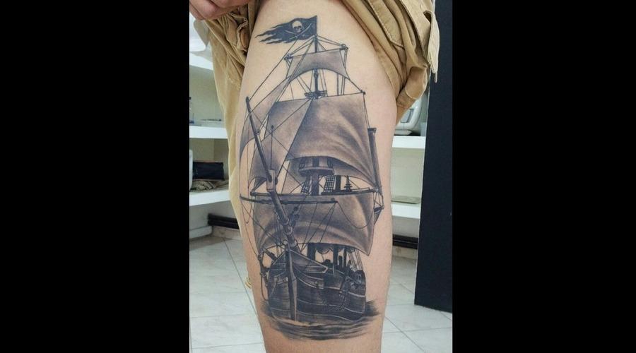 Boat.Ship.Sea Thigh