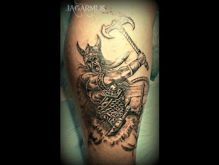 Guerrero Vikingo Lower Leg