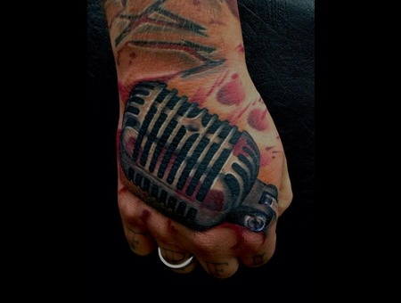 Microphon  Hand  Ben Webb  Blood Color