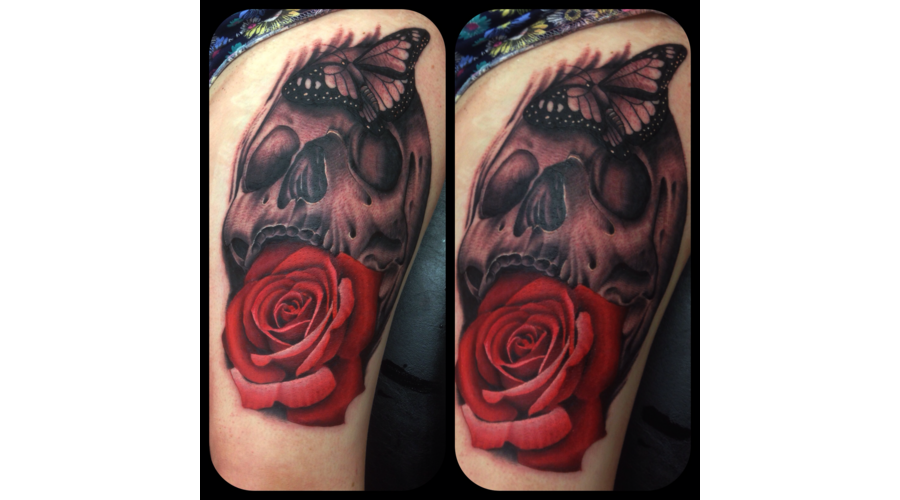 Realism Rose Skull Color Thigh