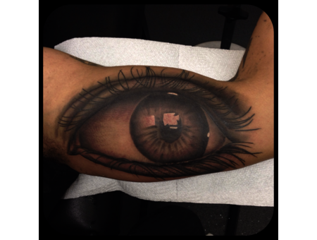 Realism Eye Arm