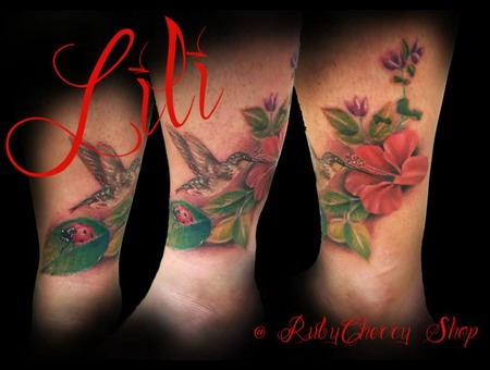 Realism  Color  Flower  Bird  Ladybug  Feminine Lower Leg