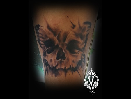 Butterfly Skull Lower Leg