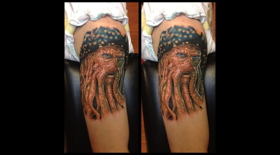 Toroktattoo Davy Jones Shoulder