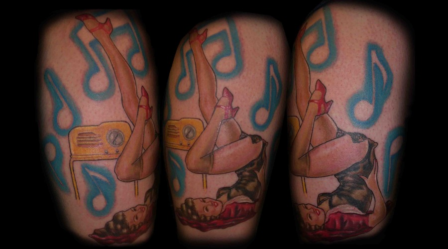 Color  Pin Up  Realism  Hawaii Lower Leg
