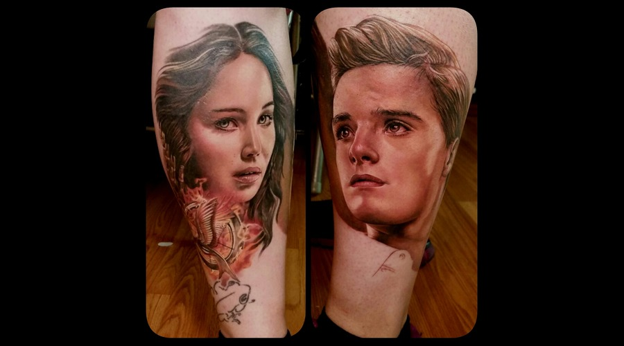 Portrait  Realism  Photo Realism  Hunger Games  Katniss  Peeta Lower Leg