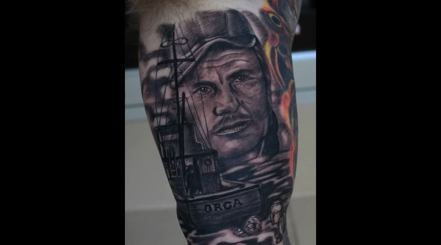 Jaws Black Grey Arm