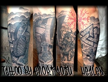 Viking Sleeve Black Grey Arm