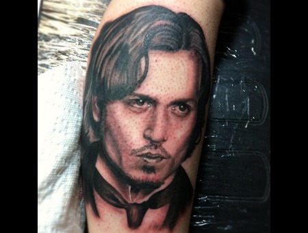 Johnny Depp Lower Leg
