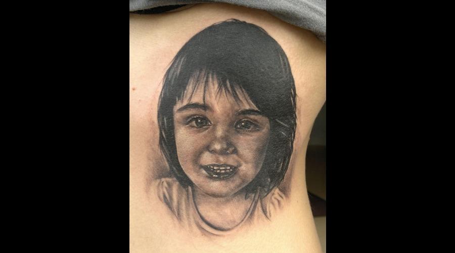 Portrait Kid  Ribs