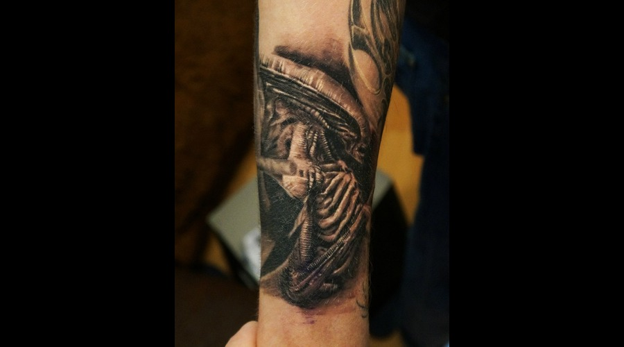 Alien  Movie Realistic  Realism  Tattoo Black Grey Forearm