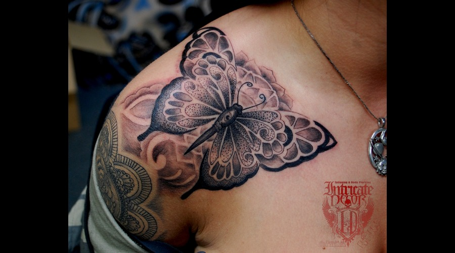 Butterfly Point Stipple Henna Hindu Shoulder