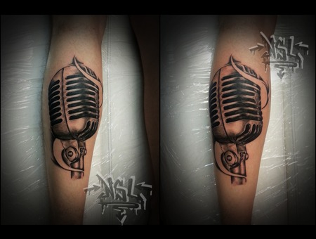 Microphone Lower Leg
