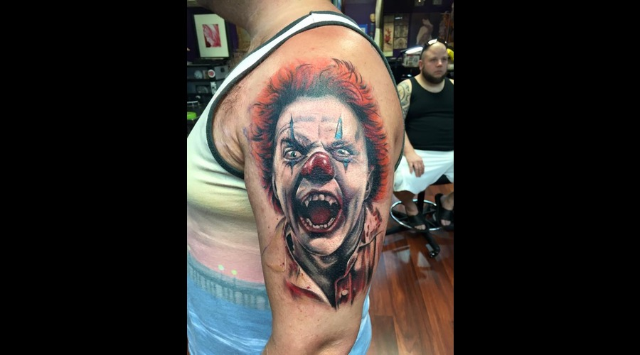 Killerclown  Evil  Clown  Arm