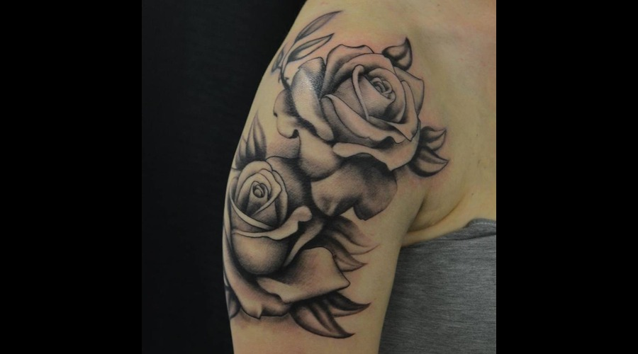 Freehand  Roses Shoulder