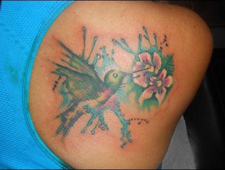 Hummingbird  Realism  Watercolor Shoulder