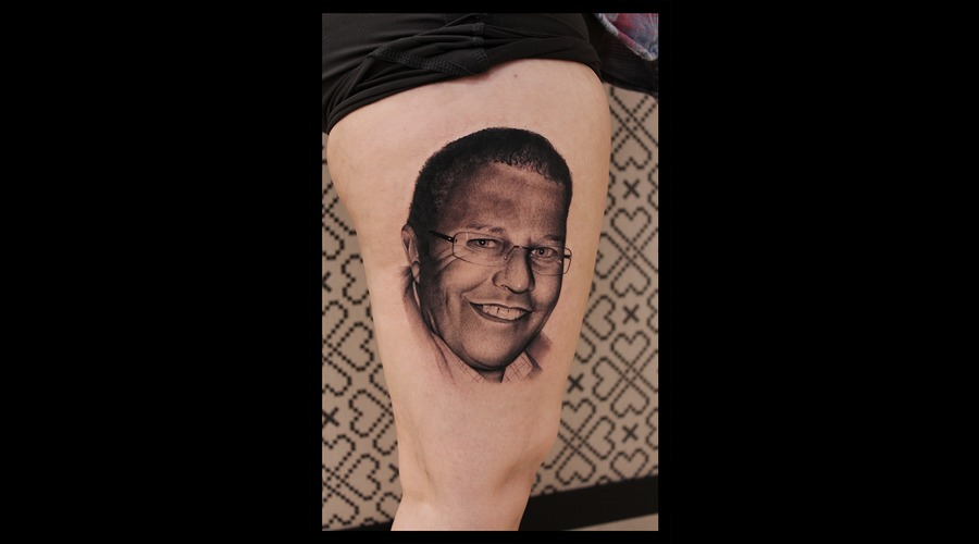Portrait Face Realistic Thigh