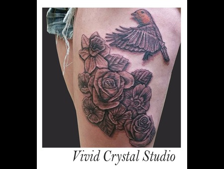 Robin Bird Flowers Realism Thigh